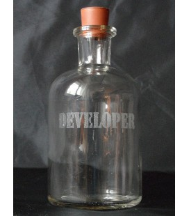 Glass bottle with rubber stopper 250 ml - developer